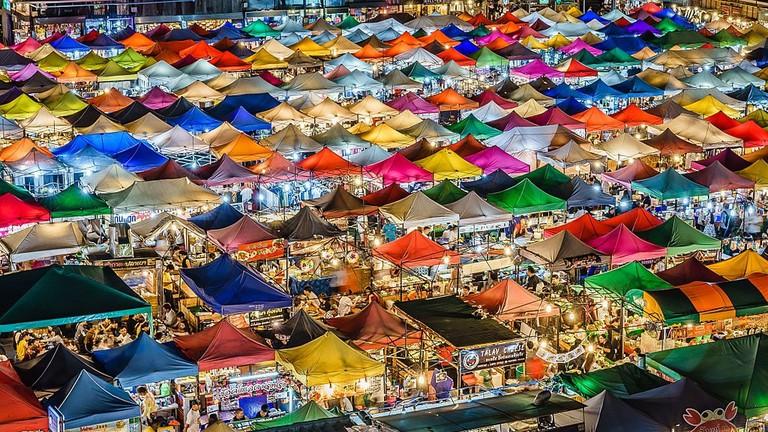 Tips berbelanja di Bangkok